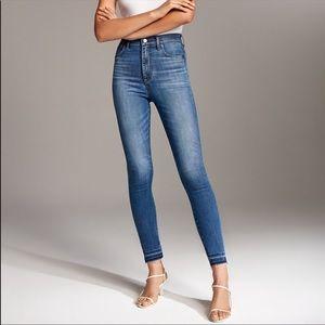 Denim Forum Lola High Rise Skinny Crop Leg Jeans